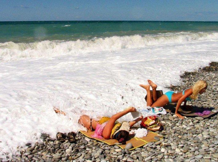 Humore montazhi dhe foto tjera humoristike - Faqe 2 Cuando-sube-la-marea-toca-mojarse