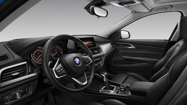 2016 - [BMW] Série 1 Sedan [F52] - Page 9 06