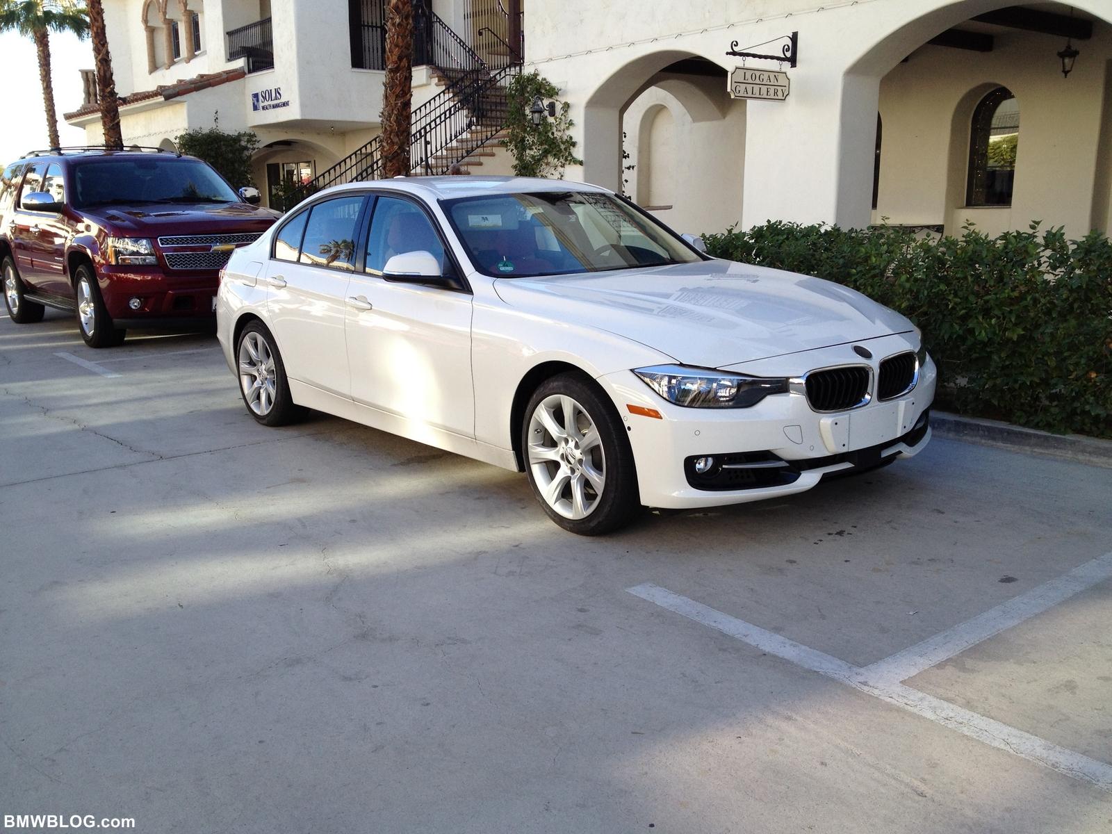2011 - [BMW] Série 3 [F30/1] 2012-bmw-328i-02
