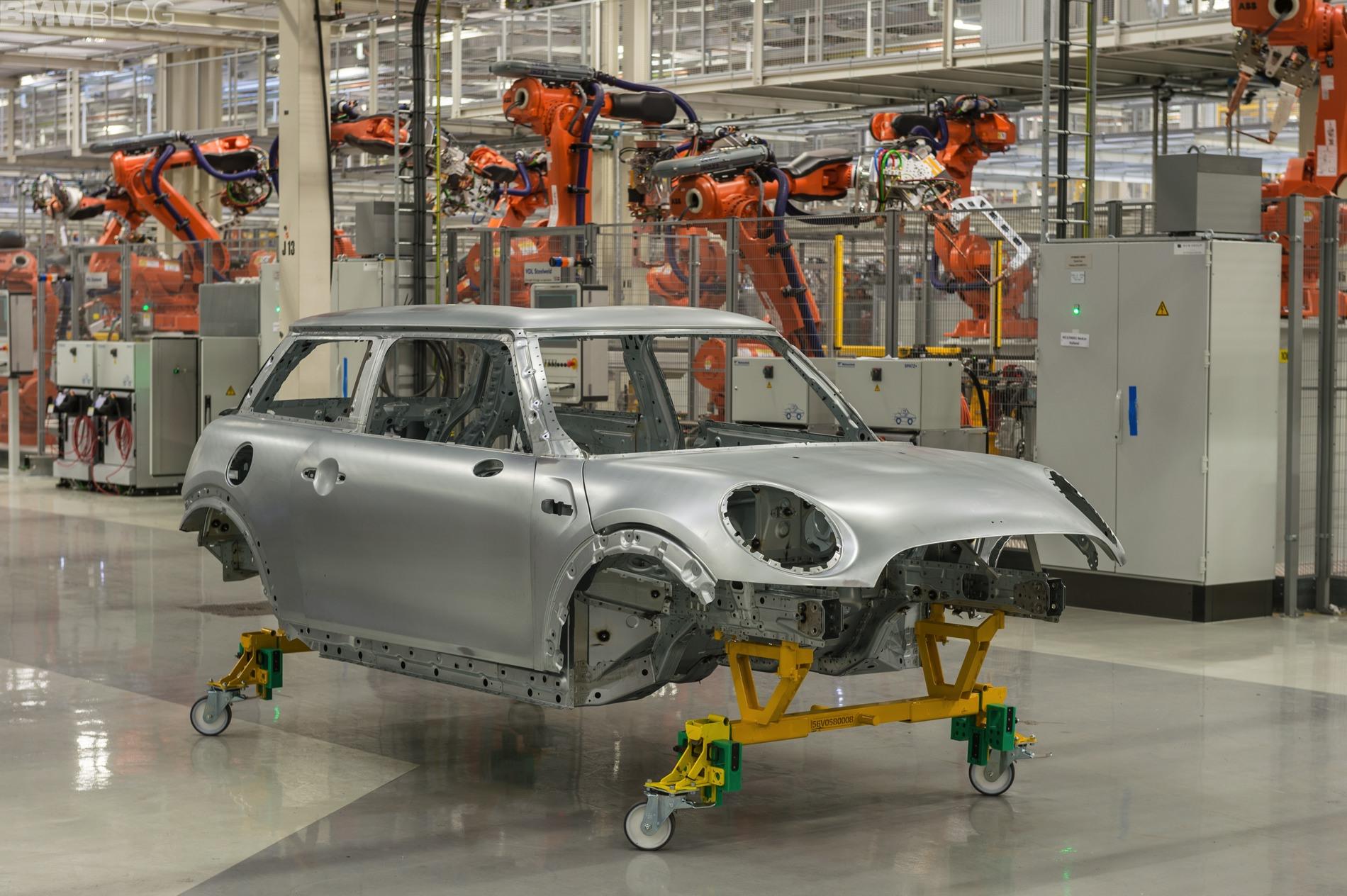 [Actualité] Groupe BMW - Page 16 Mini-VDL-Nedcar-06
