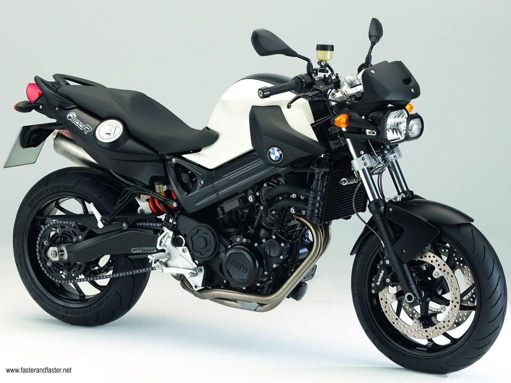BMW F800R ou Ducati Hypermotard 796 Bmw-f800r-1