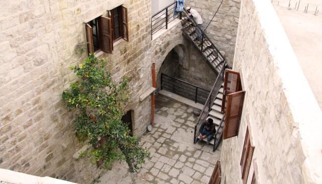 الآثآر العثمآنيةة في بيوت وقصور فلسطين التآريخيةةة ~ Bntpal_1476721056_567