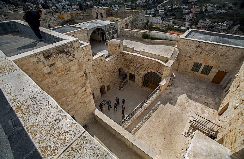 الآثآر العثمآنيةة في بيوت وقصور فلسطين التآريخيةةة ~ Bntpal_1476721057_206