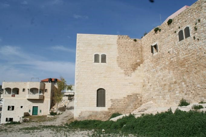 الآثآر العثمآنيةة في بيوت وقصور فلسطين التآريخيةةة ~ Bntpal_1476721057_235