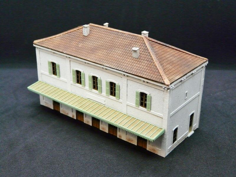 Gare PLM 5 Portes à l'échelle N Gare_PLM_5_portes_gare_n_gare_plm_seconde_classe_maquette_decoupe_laser_gare_5_portes_n_Maquette_gare_n_maquette_n_maquette_n_train_maquette_bois_a_construire_1