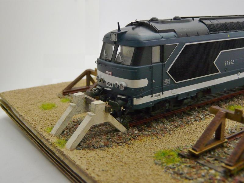[Bois Modélisme] Nouveaux Heurtoirs Heurtoir_train_ho_heurtoir_LED_butoir_ho_butoir_LED_rail_heurtoir_rail_heurtoir_ho_feu_de_heurtoir_butoir_led_ho_heurtoir_bi_bloc_heurtoir_bi_bloc_ho_5