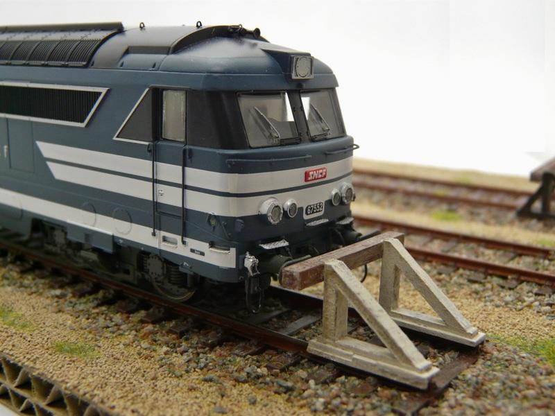 [Bois Modélisme] Nouveaux Heurtoirs Heurtoir_train_ho_heurtoir_LED_butoir_ho_butoir_LED_rail_heurtoir_rail_heurtoir_ho_feu_de_heurtoir_butoir_led_ho_heurtoir_bi_bloc_heurtoir_bi_bloc_1