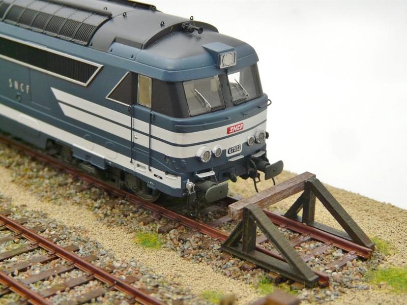 [Bois Modélisme] Nouveaux Heurtoirs Heurtoir_train_ho_heurtoir_LED_butoir_ho_butoir_LED_rail_heurtoir_rail_heurtoir_ho_feu_de_heurtoir_butoir_led_ho_heurtoir_metallique_4