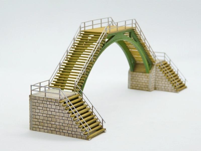 Passerelles de voie Bois_modelisme_passerelle_pietons_passerelle_pietons_passerelle_HO_passerelle_voie_pont_ho_pont_1_87_pont_2_voies_ho_pont_1_voie_fabrication_pont_ho_6