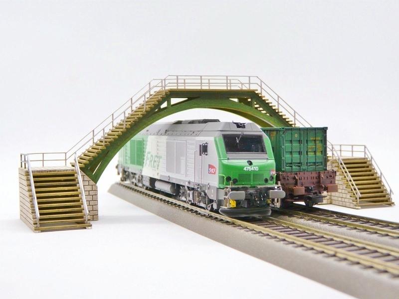 Passerelles de voie Bois_modelisme_passerelle_pietons_passerelle_pietons_passerelle_HO_passerelle_voie_pont_ho_pont_1_87_pont_2_voies_ho_pont_1_voie_fabrication_pont_ho_9