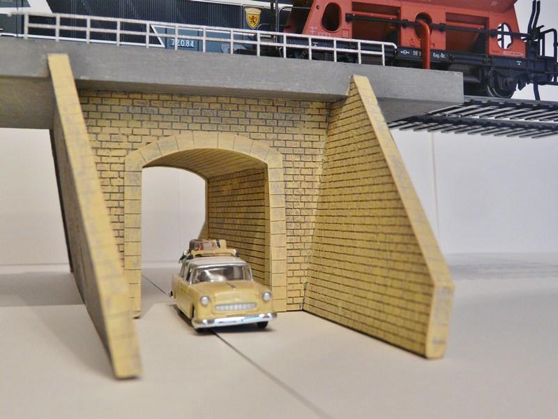 [Bois Modelisme] Pont Route à l'échelle HO BOIS_MODELISME_tunnel_ho_modelisme_pont-route_ho_pont_route_ho_entree_de_tunnel_ho_entree_tunnel_simple_voie_entree_tunnel_1_87_tunnel_HO_8