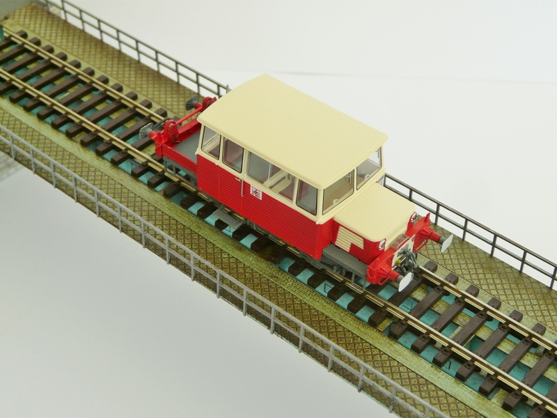 Pont métallique 1 voie Pont_ho_pont_1_87_pont_echelle_ho_pont_metallique_pont_metallique_train_viaduc_metallique_pont_structure_eiffel_pont_de_train_HO_pont_faller_pont_bois_modelisme_6