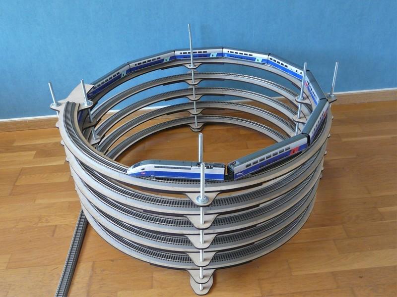 [Bois Modélisme] Rampe hélicoïdale sur mesure Rampe_helicoidale_ho_rampe_helicoidale_1_87_eme_rampe_helicoidale_N_rampe_helicoidale_1160_rampe_helicoidale_O_rampe_helicoidale_1_43_construire_6