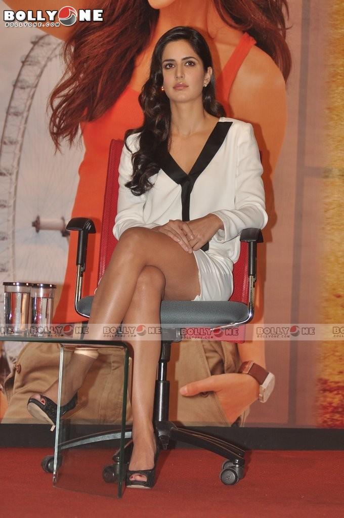 Катрина Каиф / Katrina Kaif - Страница 2 Jab-Tak-Hai-jaam-Movie-Promotion-14