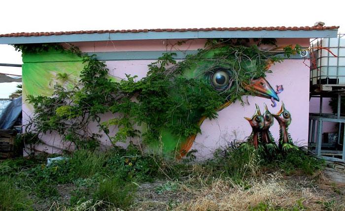 Street art Street-art-interacts-with-nature-14