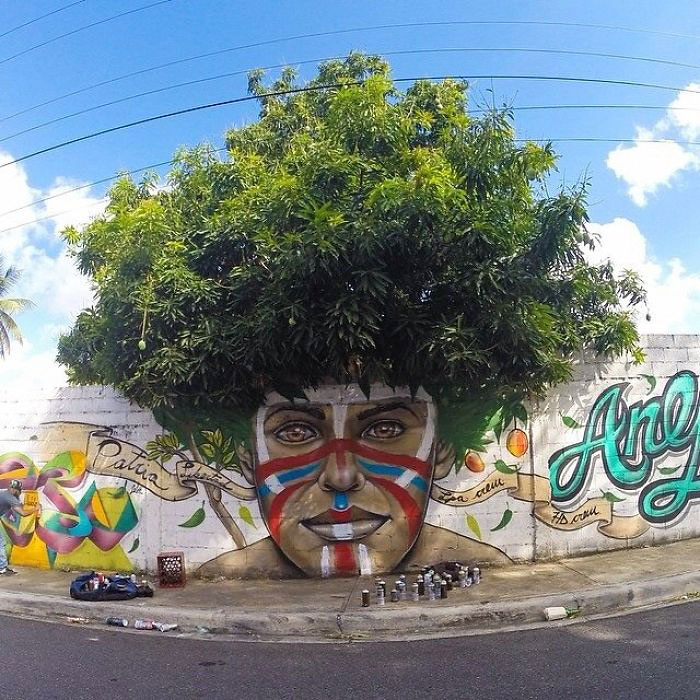 Street art Street-art-interacts-with-nature-18
