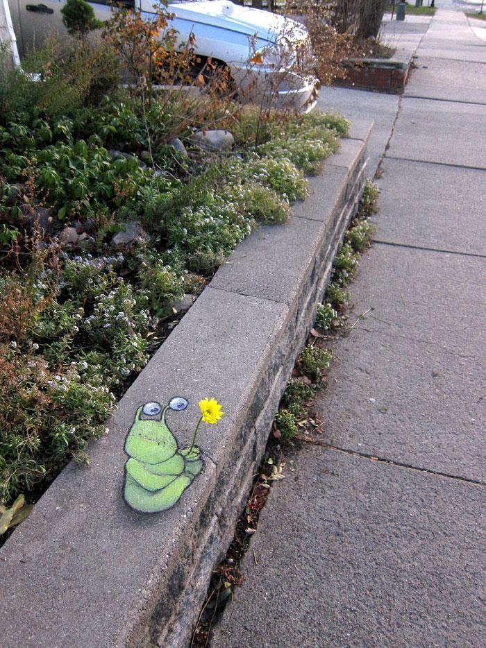 Street art Street-art-interacts-with-nature-23