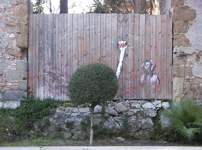 Street art Street-art-interacts-with-nature-5
