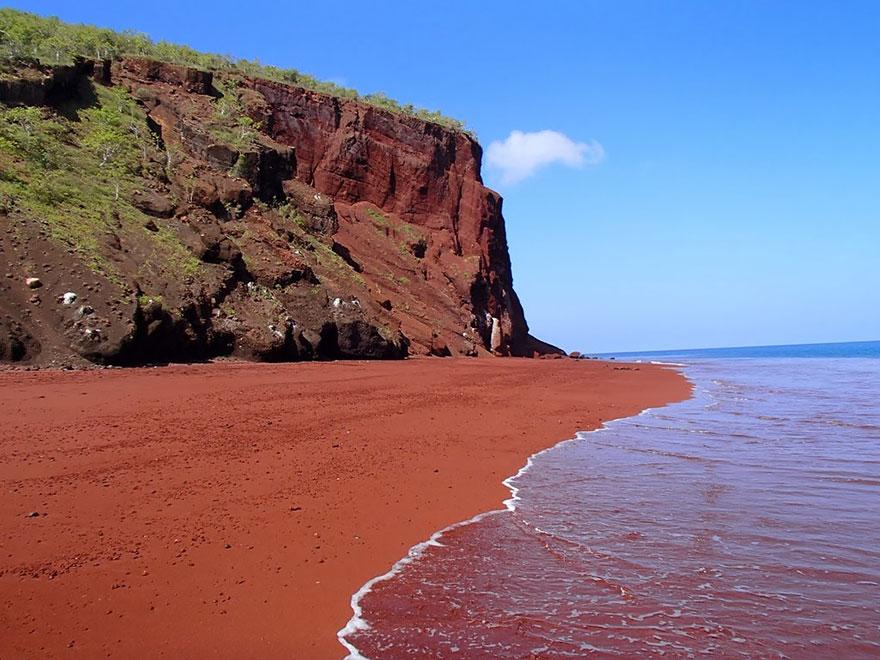 17 Of The Most Unusual Beaches Around The World Amazing-unusual-beaches-10-2