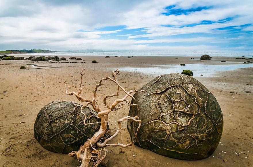17 Of The Most Unusual Beaches Around The World Amazing-unusual-beaches-19-1