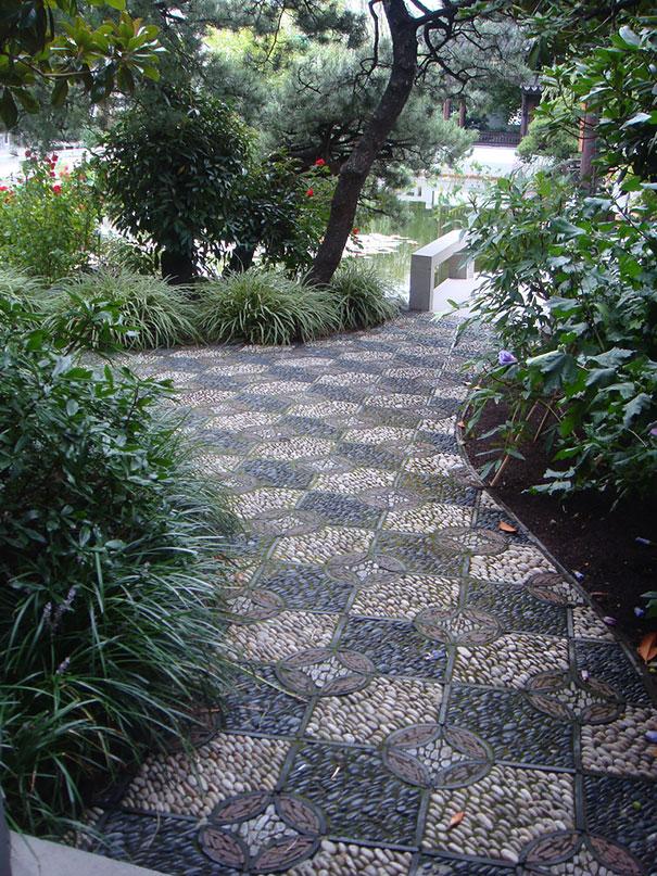 Những con đường lát sỏi đẹp Garden-pebble-stone-paths-10