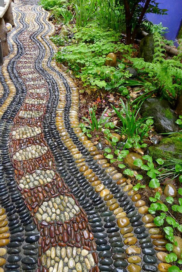 Những con đường lát sỏi đẹp Garden-pebble-stone-paths-15
