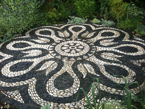 Những con đường lát sỏi đẹp Garden-pebble-stone-paths-20