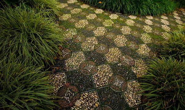 Những con đường lát sỏi đẹp Garden-pebble-stone-paths-4
