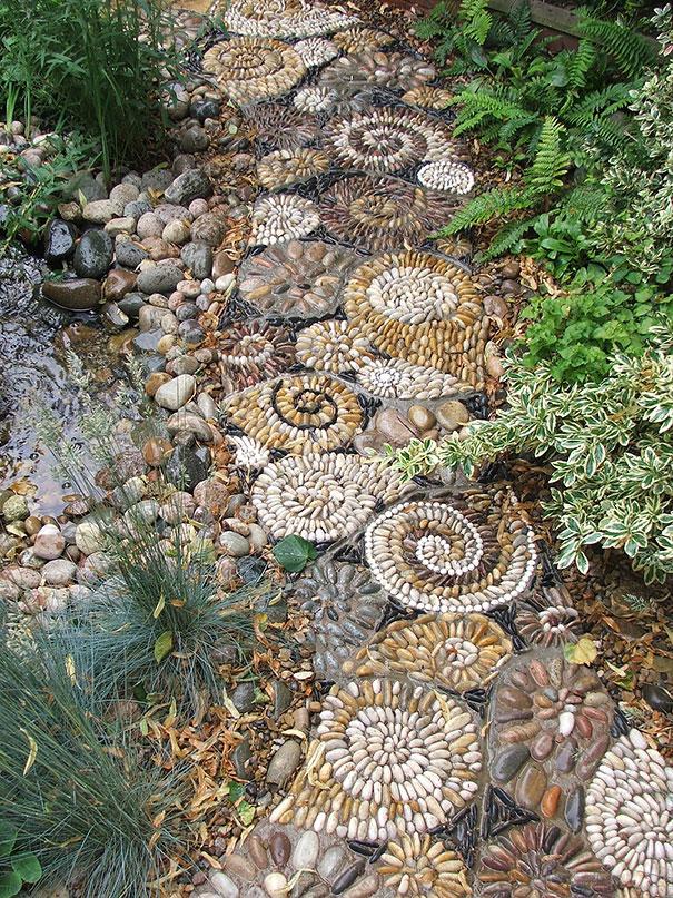 Những con đường lát sỏi đẹp Garden-pebble-stone-paths-7