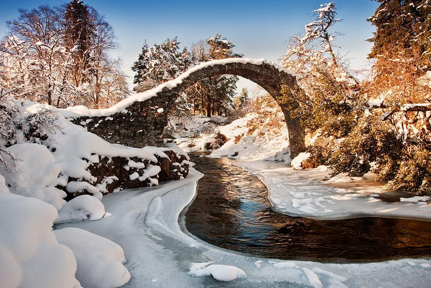Những cây cầu nên thơ Old-Mysterious-Bridges7__880
