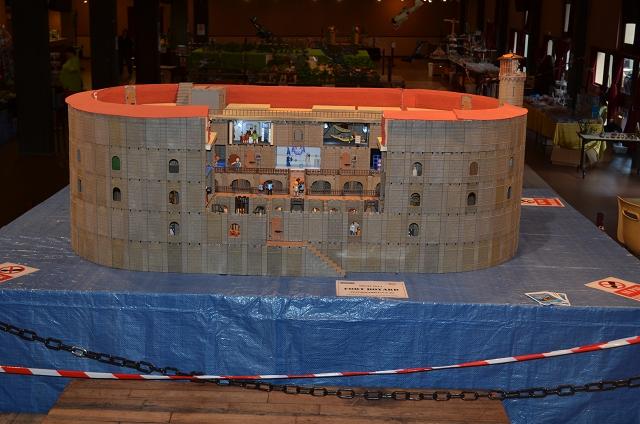 Fort Boyard version Playmobil Fort%20Boyard%20%202