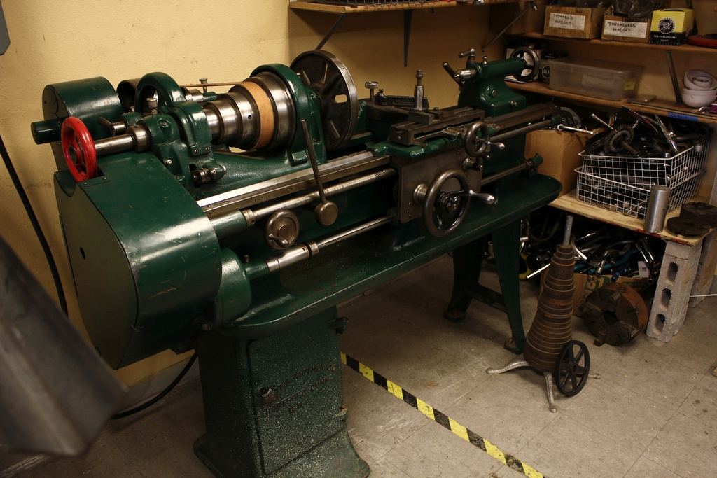 Electrical gremlin Lathe