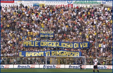Le Mouvement Ultra en Italie - Page 14 0809_pr-pisa10