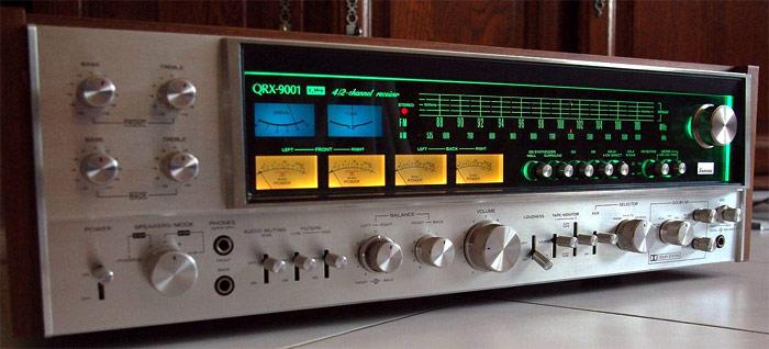 Monster receivers - Página 5 Qrx-9001-front-lit