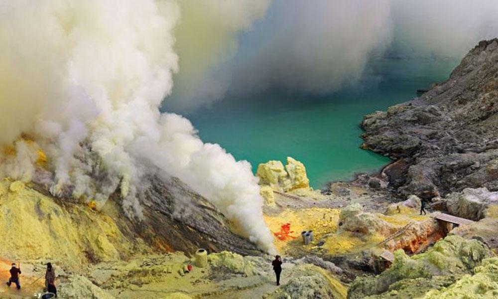 Vulkani - Page 3 Varljiva-lepota-indonezijskog-smrtonosnog-vulkana