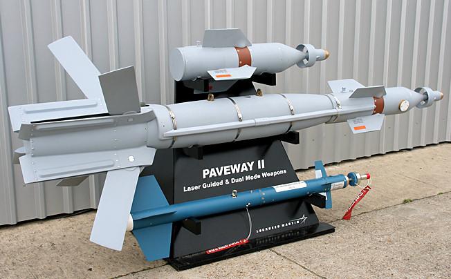 عملاق صناعة السلاح الأمريكية Lockheed Martin  Paveway_II