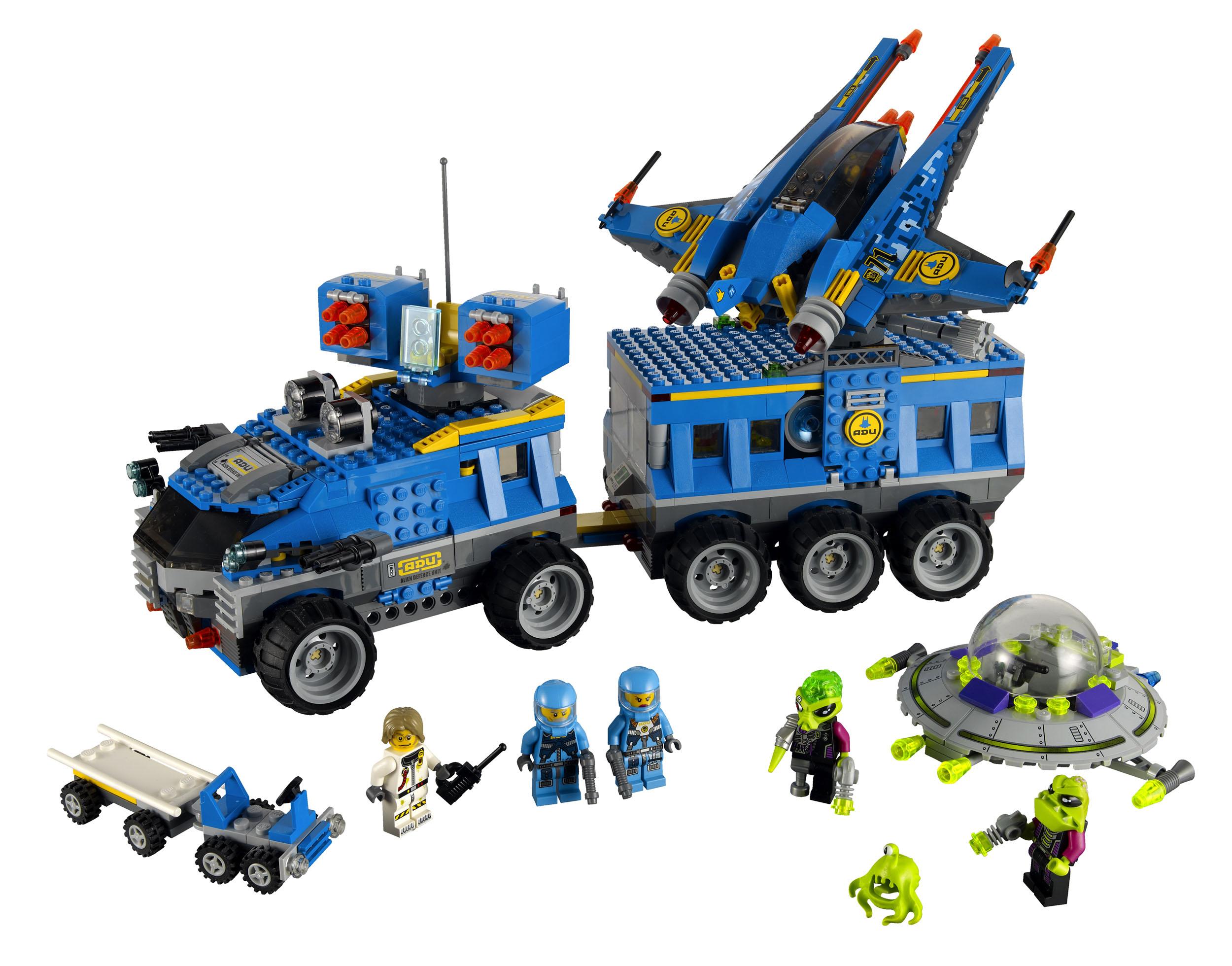 2011 Alien Conquest 7066_lego_earth_defense_hq