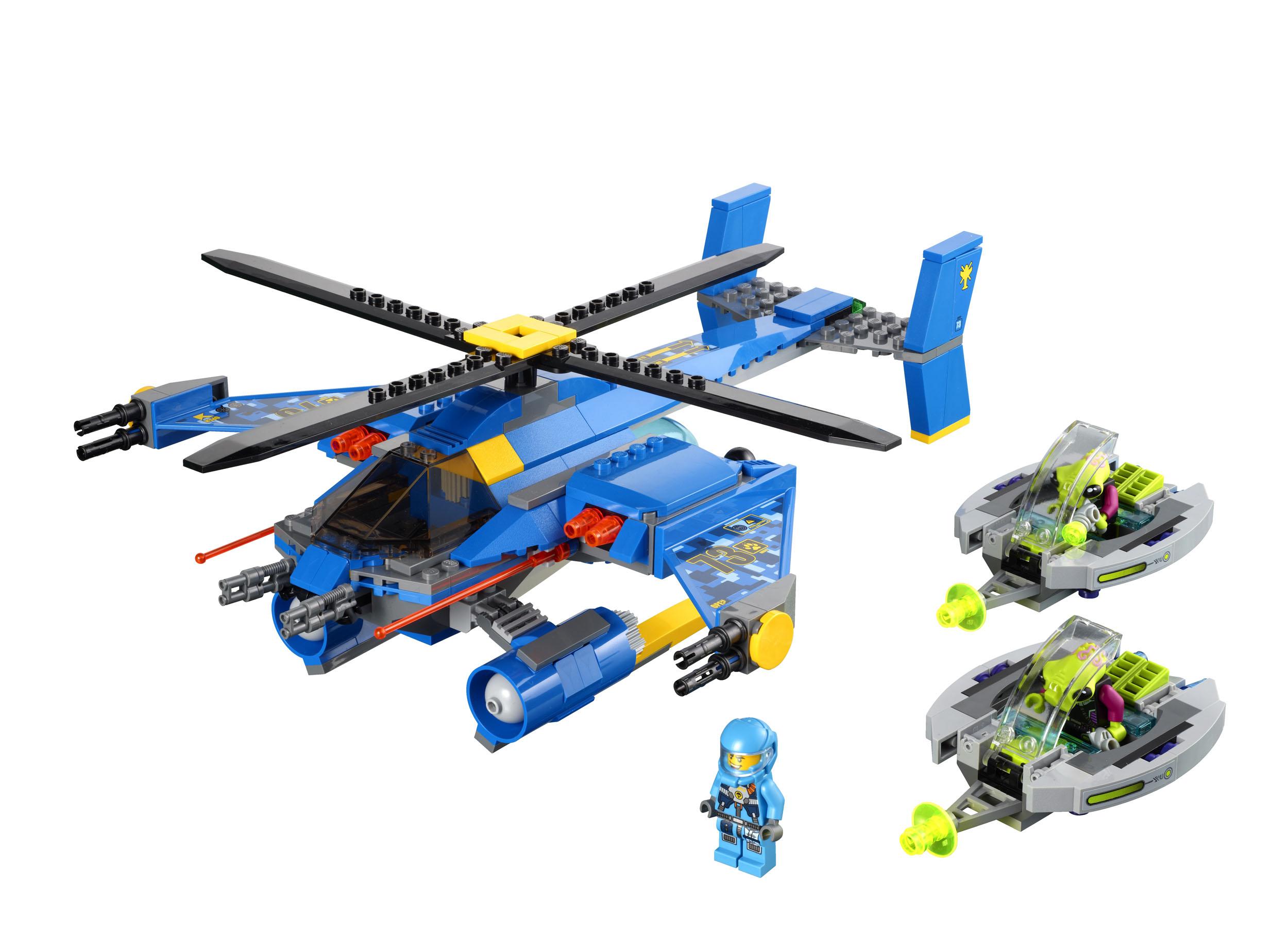 2011 Alien Conquest 7067_lego_jet_copter_encounter