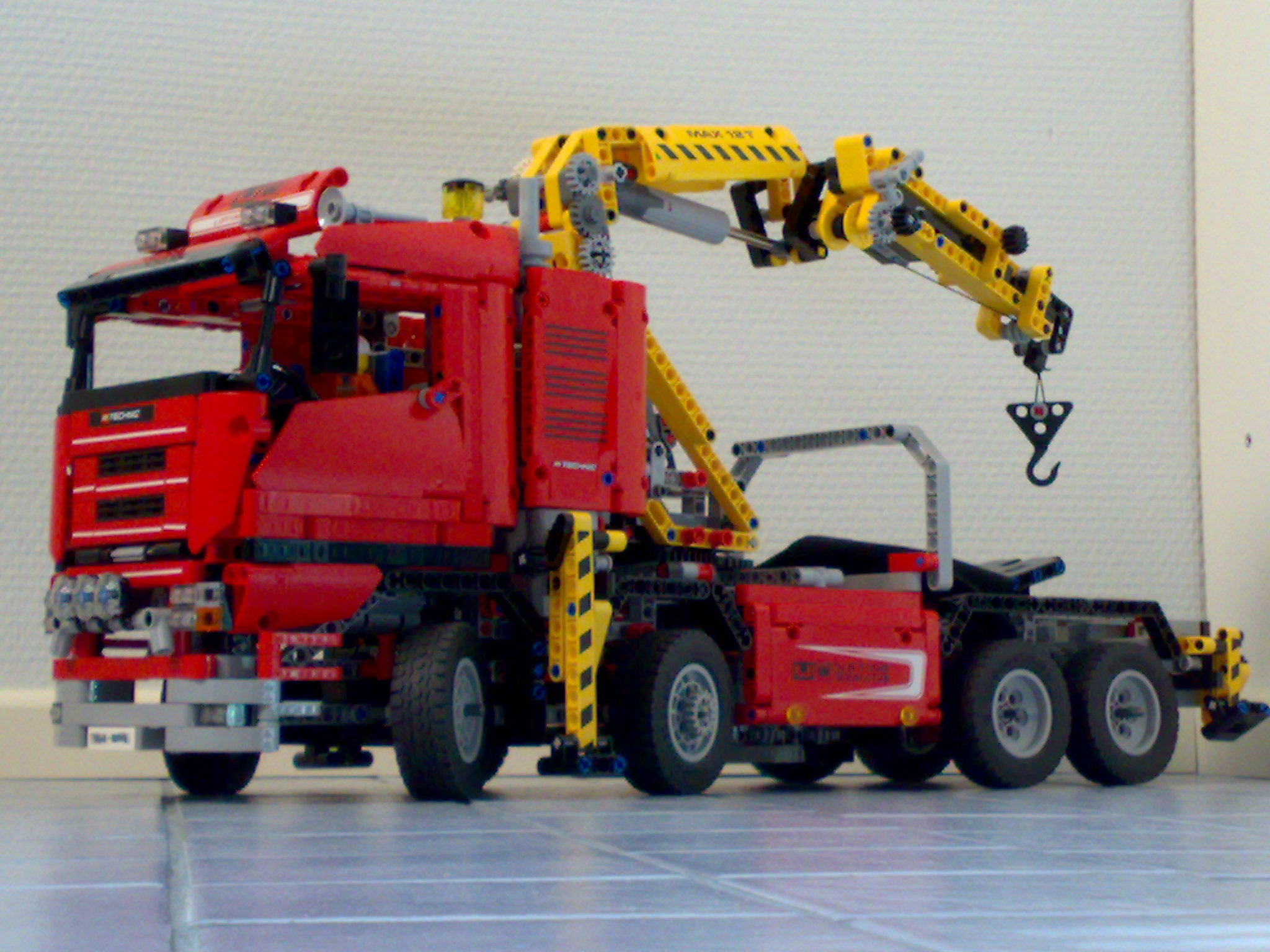 [Lego] LEGO TECHNIC - Page 6 1aaback