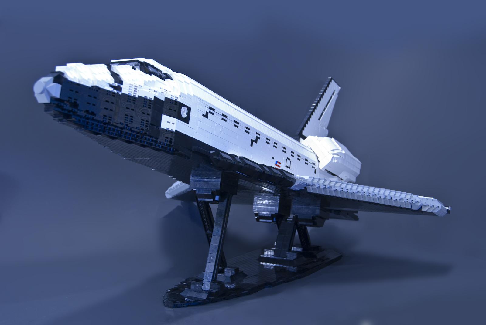 Navette en LEGO - Page 3 Ben-shuttle-03