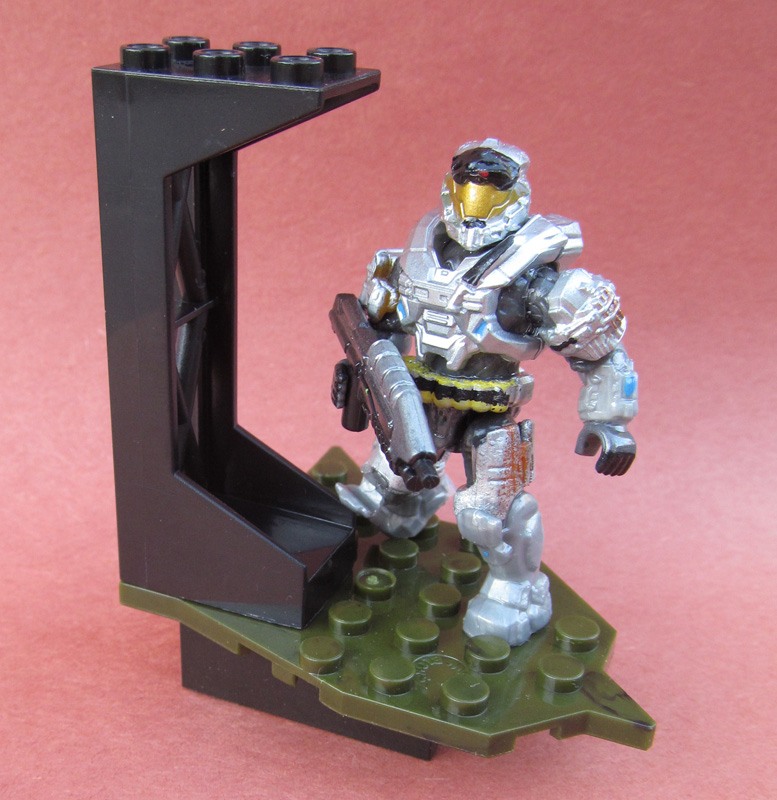 engineerio's customs Updated: 4/18/15 - Page 6 Thom_239_poseable