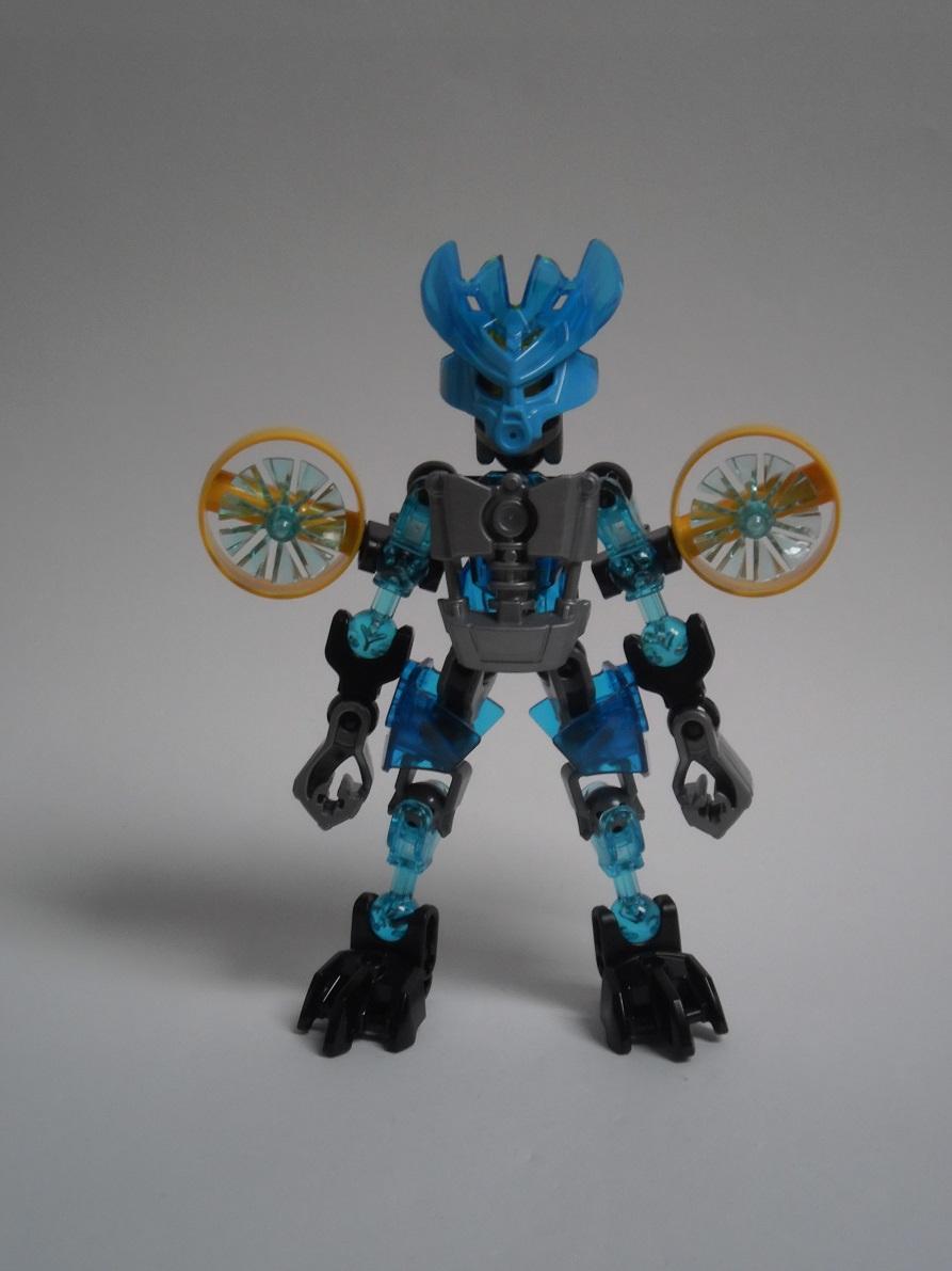 [Revue] LEGO Bionicle 70780 : Protecteur de l'Eau Pb240084