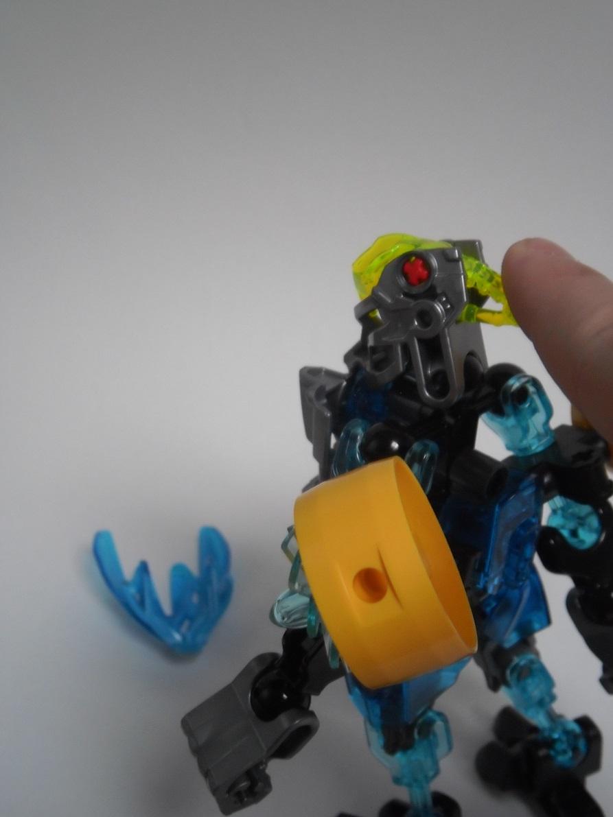 [Revue] LEGO Bionicle 70780 : Protecteur de l'Eau Pb240131