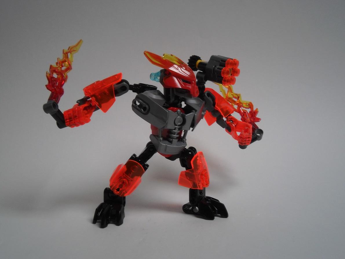 [Revue] LEGO Bionicle 70783 : Protecteur du Feu Pb270109