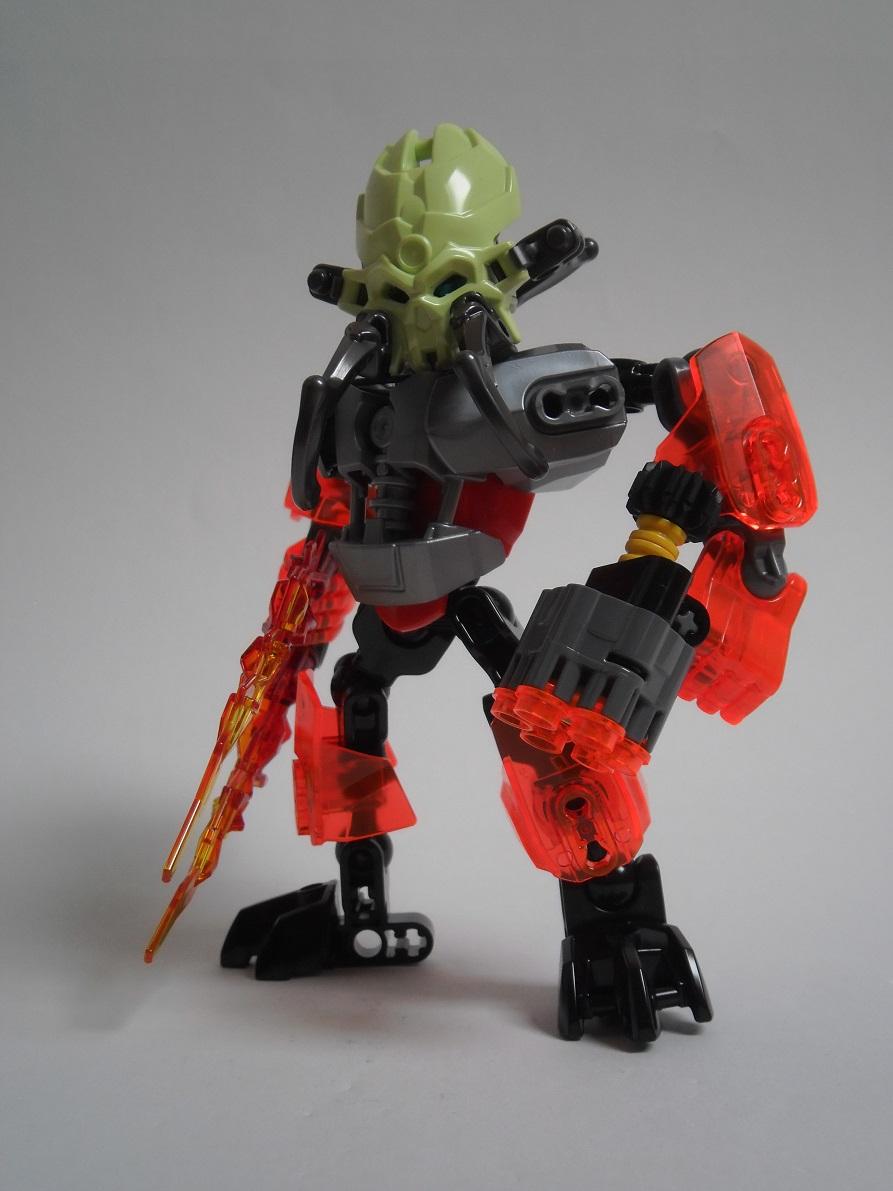 [Revue] LEGO Bionicle 70783 : Protecteur du Feu Pb270118