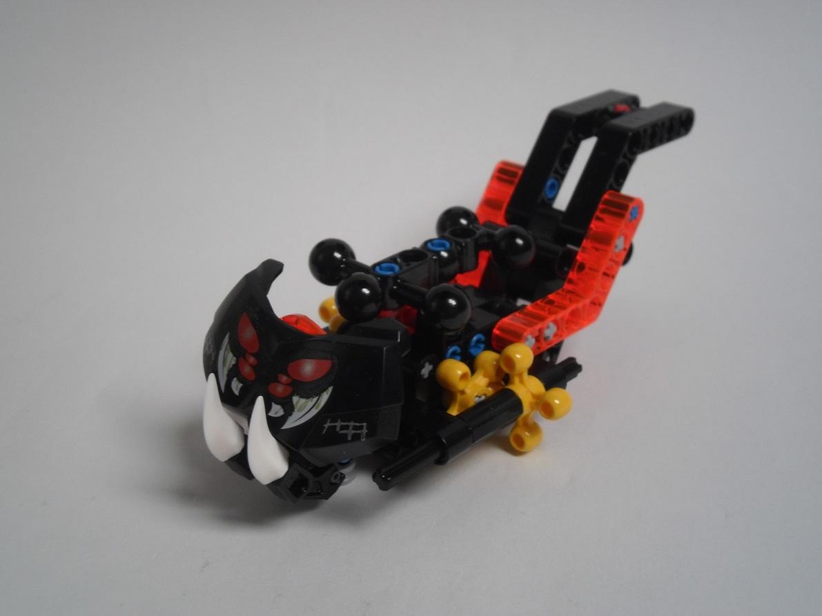 [Revue] LEGO Bionicle 70790 : le Seigneur des Araignées Squelette Pb200070