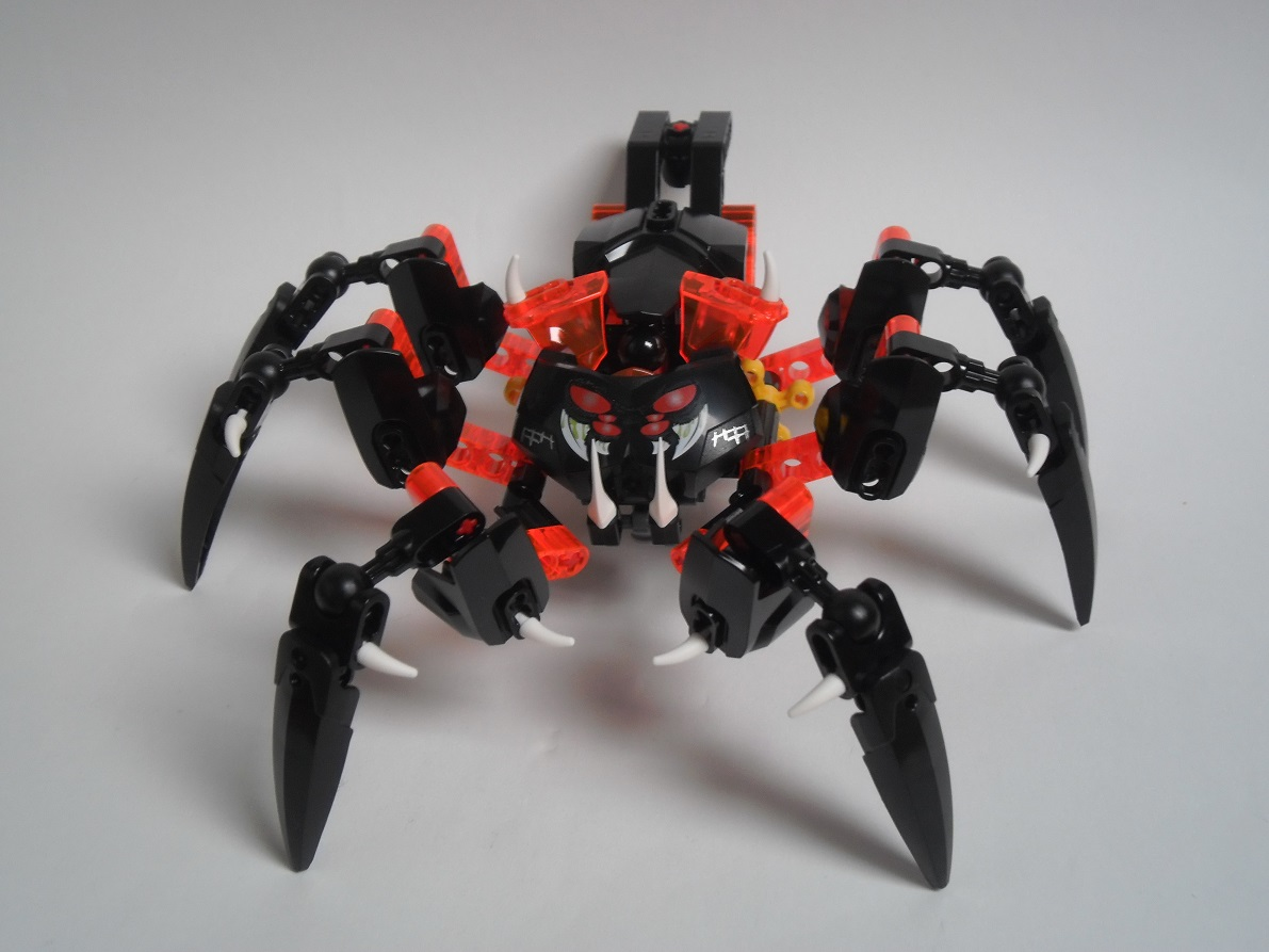 [Revue] LEGO Bionicle 70790 : le Seigneur des Araignées Squelette Pb200081
