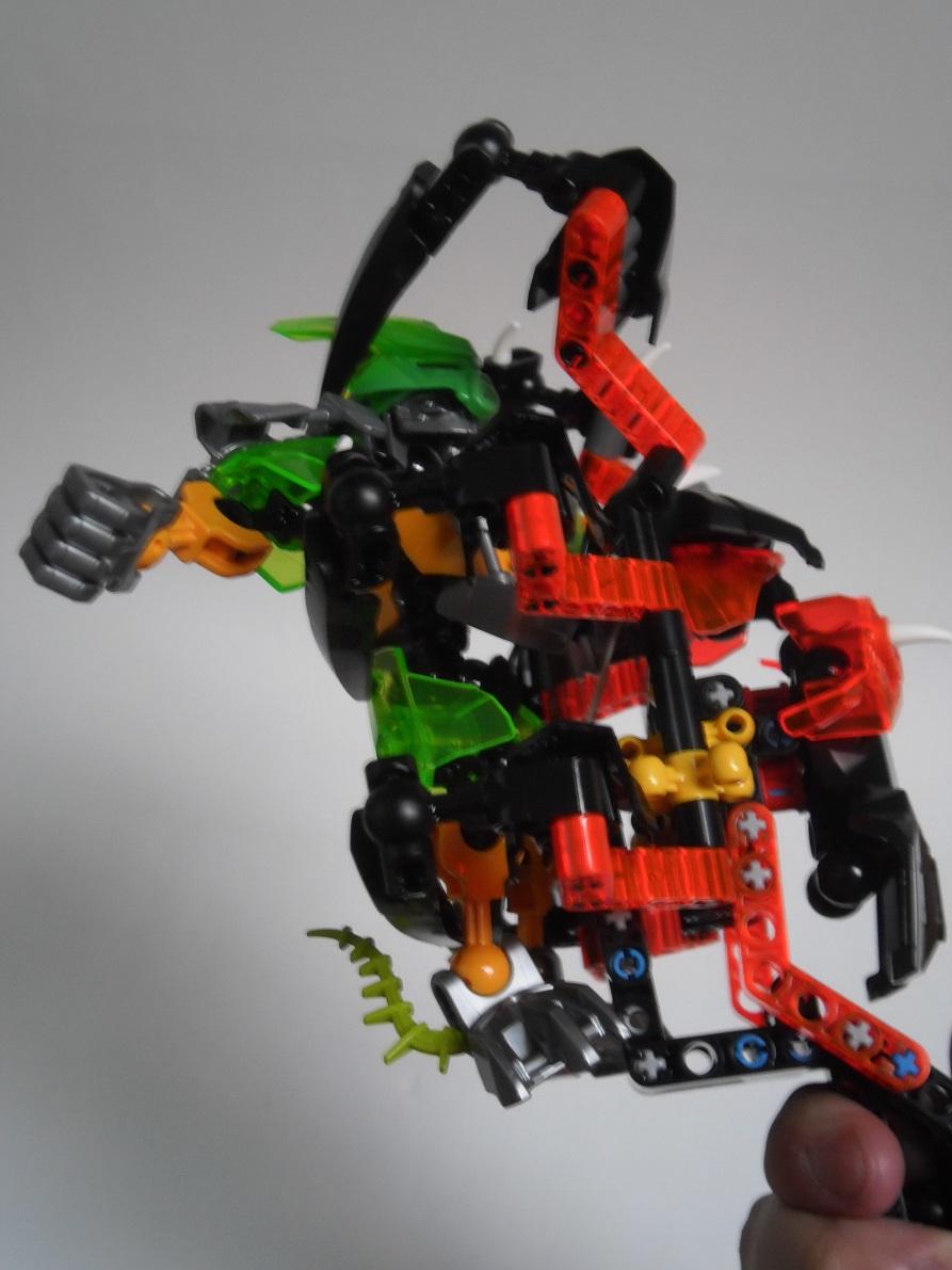 [Revue] LEGO Bionicle 70790 : le Seigneur des Araignées Squelette Pb200109