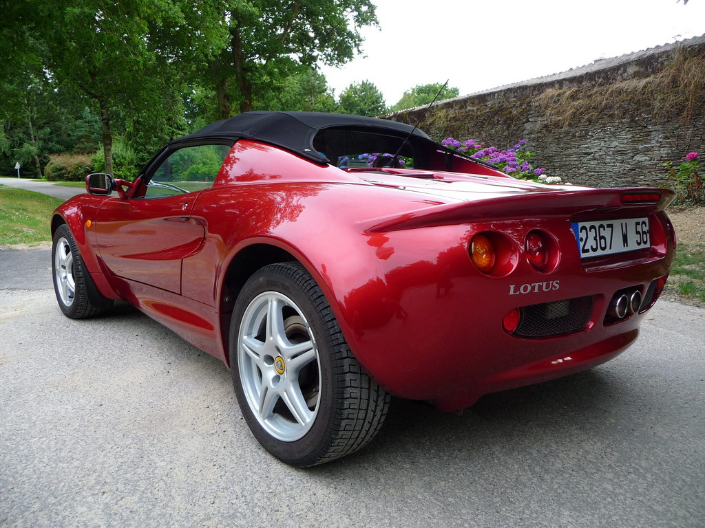 Lotus Elise S1 20th Anniversary 1995-2015 Annonce-vente-occasion-lotus-elise-120-cv-inferno-red-16