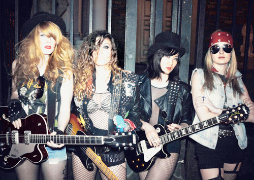Imagine Guns N' Roses — in fishnets 24_gunsnhoses_2012_08_24_bk01_z